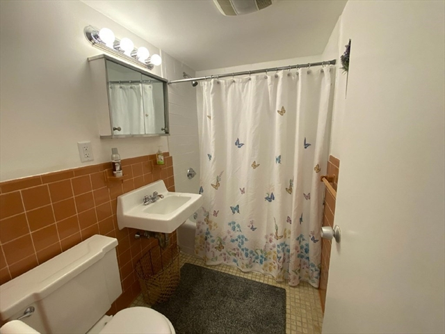 229 Coolidge Avenue Watertown MA 02472