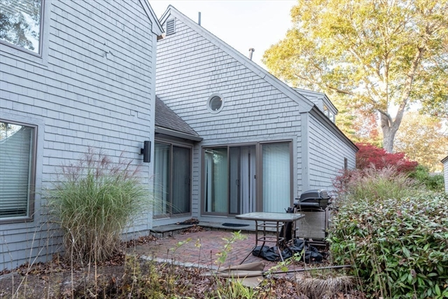 68 Mid-iron Way Mashpee MA 02649