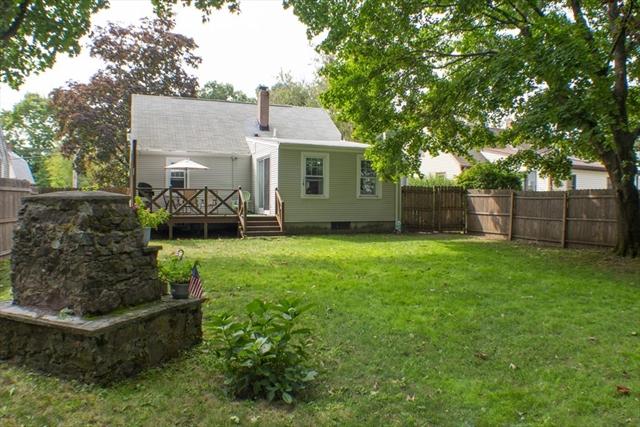 42 Pine Street Seekonk MA 02771