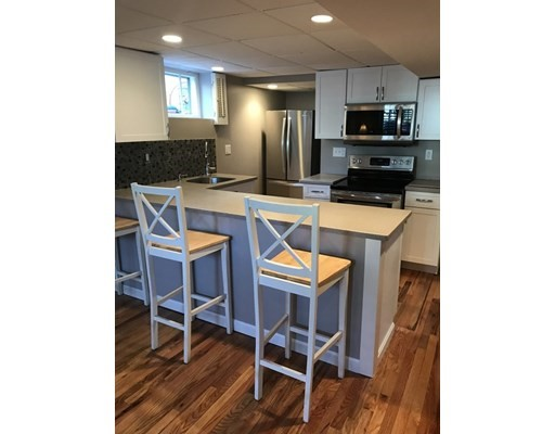 Pictures of  property for rent on Holsworthy, Cambridge, MA 02138