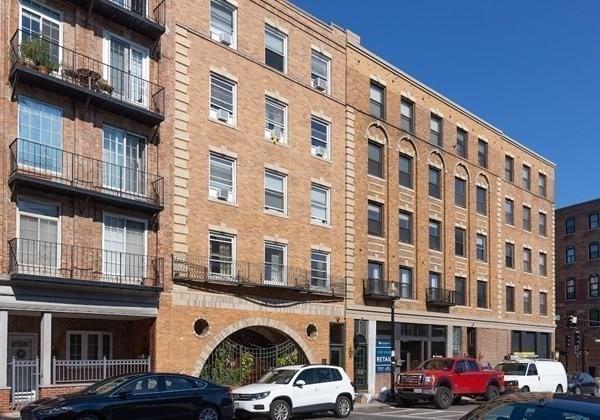 435 Hanover Street Boston MA 02113