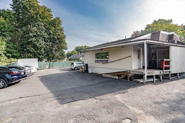 532 Newton Street South Hadley MA 01075