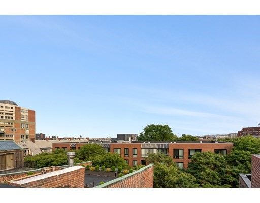 150 Commercial St, Boston, MA 02109