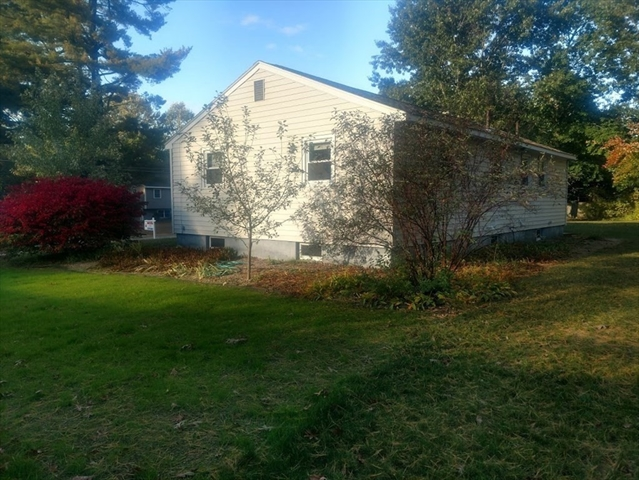 25 Haskell Road Pepperell MA 01463