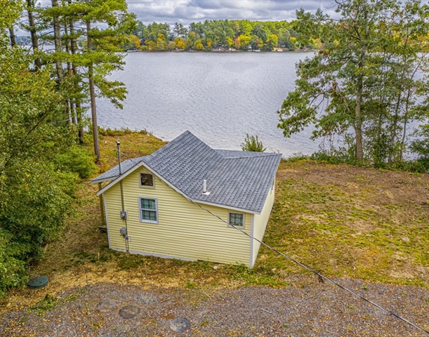 21 Point of Pines Road Freetown MA 02717