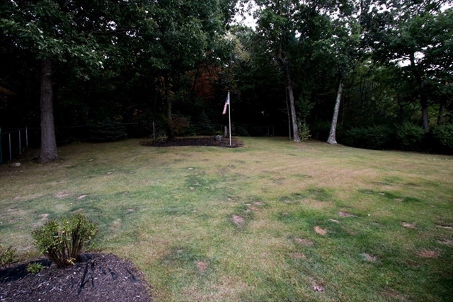 16 Stonehedge Circle Billerica MA 01821