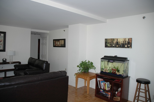 390 Commonwealth Avenue Boston MA 02116