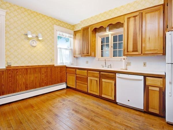 24 Fiske Street Worcester MA 01602