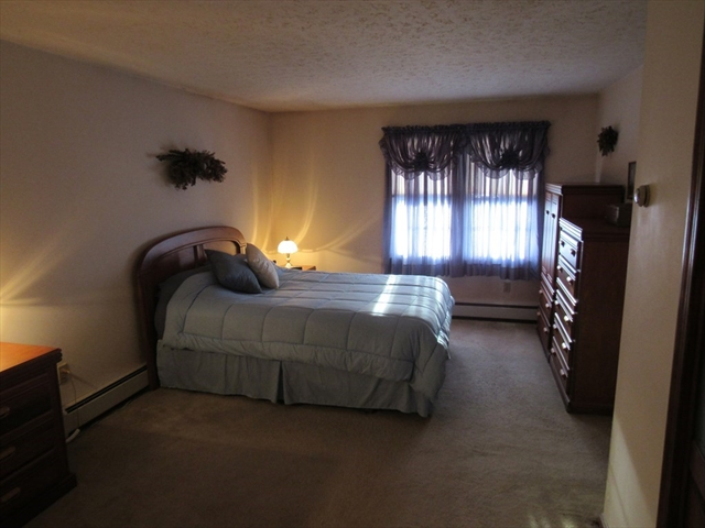 706 Mount Hope Street North Attleboro MA 02760