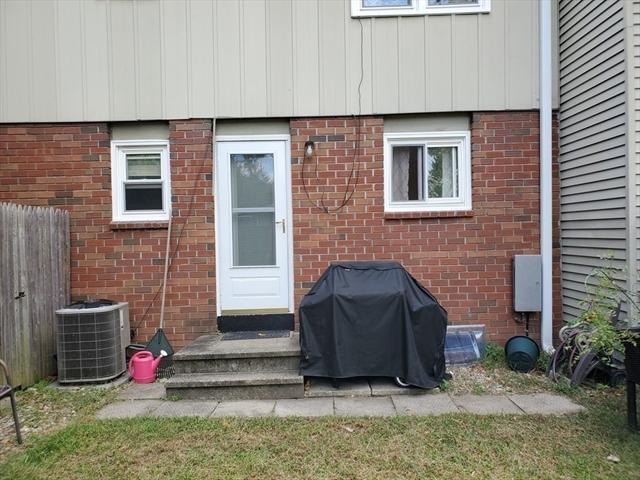 66 Yorktown Court Chicopee MA 01020