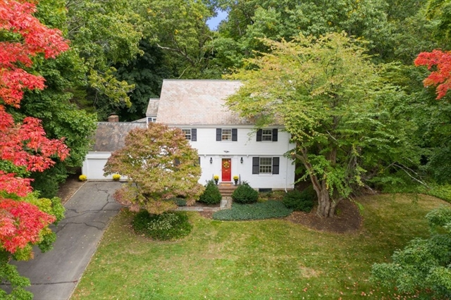37 Fox Hill Road Wellesley MA 02481