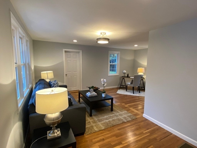 15 Riverbank Terrace Billerica MA 01821