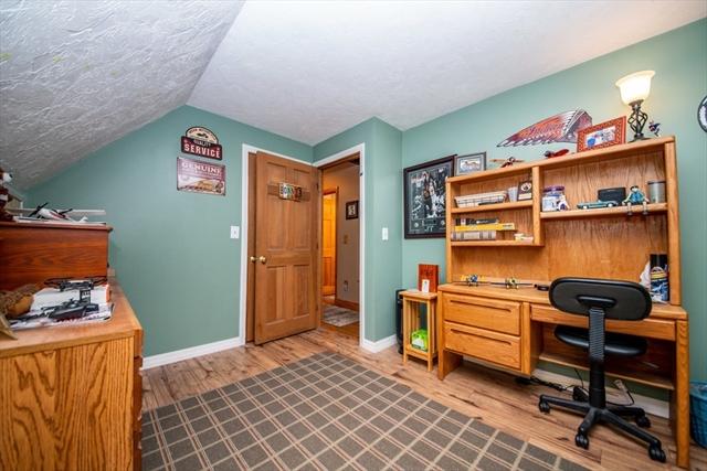 170 Bryant Street Berkley MA 02779