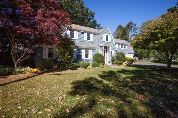 11 Fells Road Wellesley MA 02482