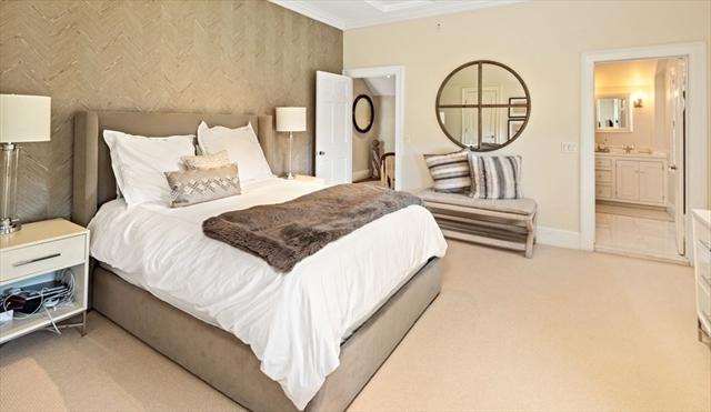 10 R Martins Lane Hingham MA 02043