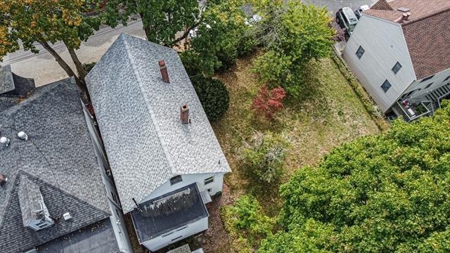 32 Pine Hill Street Lowell MA 01852