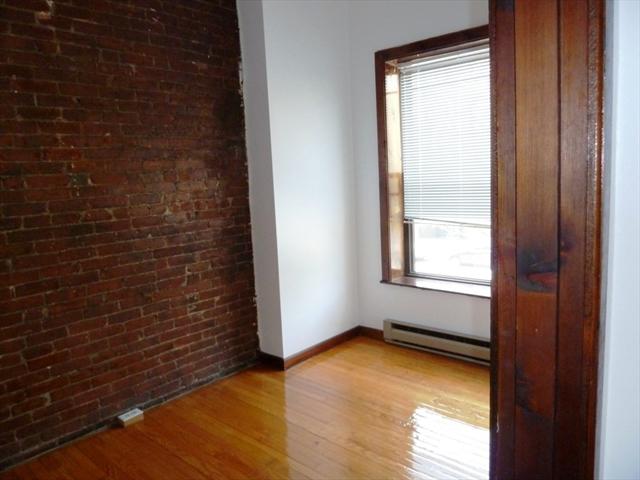 524 colmbus Avenue Boston MA 02118