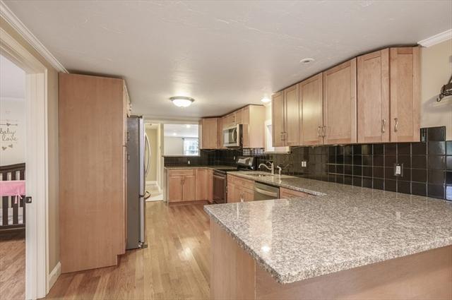 4 Hillside Avenue Halifax MA 02338