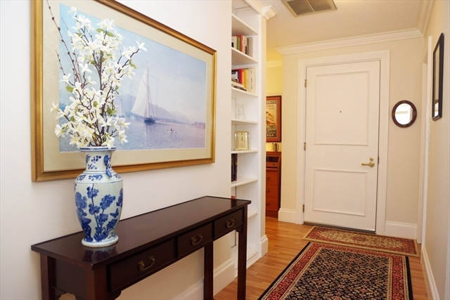 300 Commercial Boston MA 02109