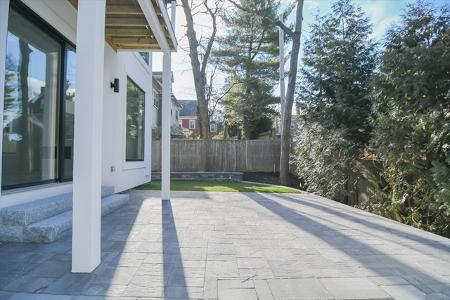 16 Cragmore Rd, Newton, MA, 02464,  Home For Sale