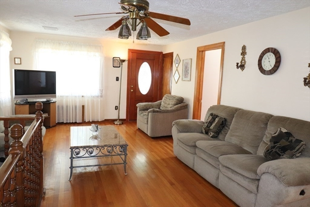 52 Fairmont Avenue Worcester MA 01604