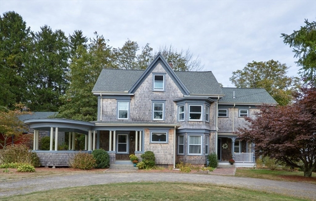 576 Old County Road Westport MA 02790