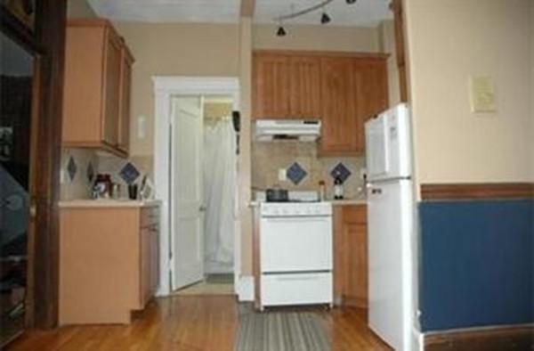 39 Hemenway Boston MA 02115