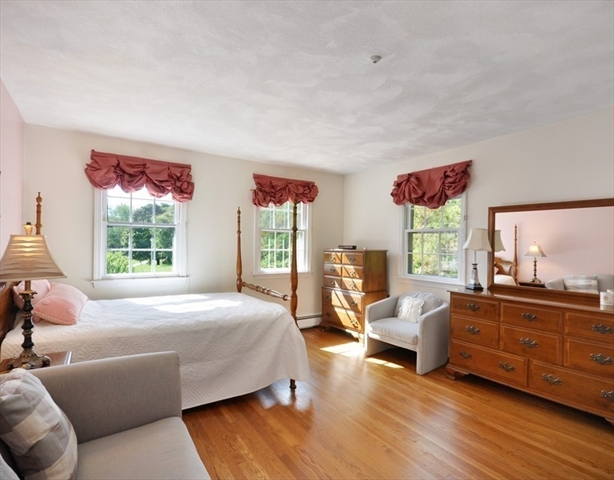 95 Blueberry Lane Concord MA 01742