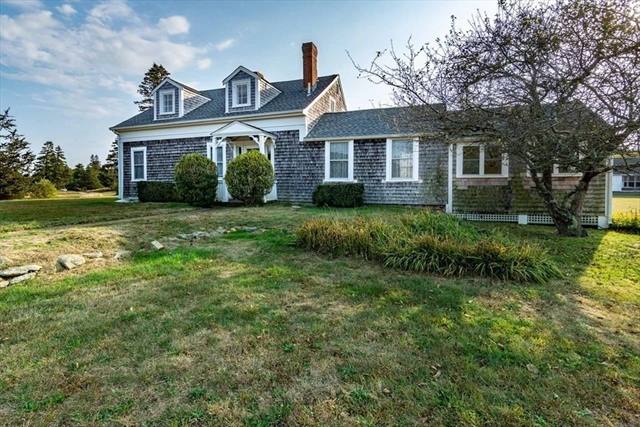 30 Mill Hill Edgartown MA 02539