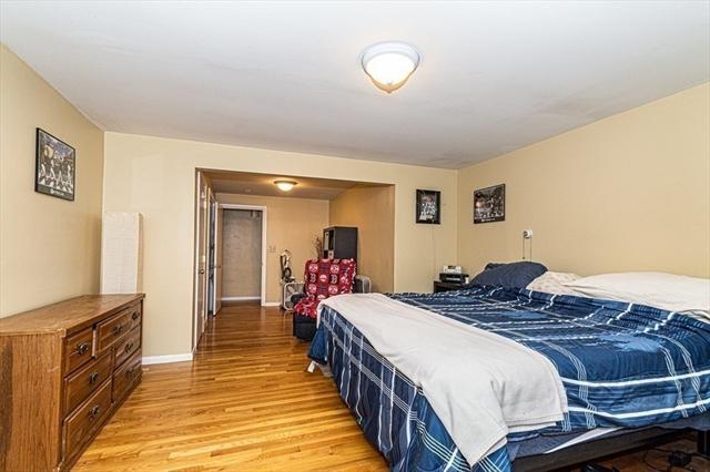 34 Leonard Avenue Dracut MA 01826