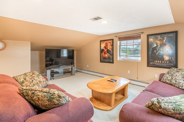 44 Highland Park Peabody MA 01960