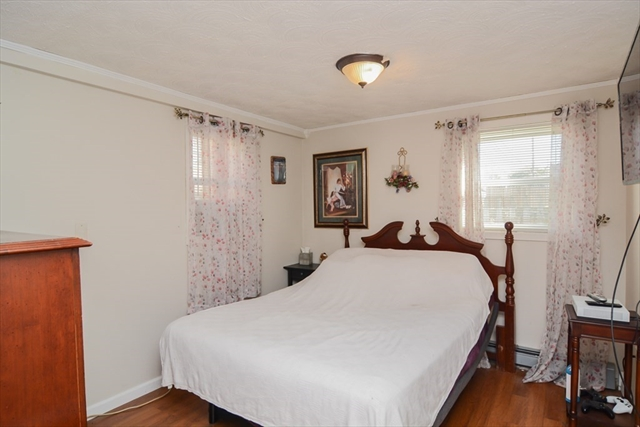44 Maple Street Lowell MA 01852