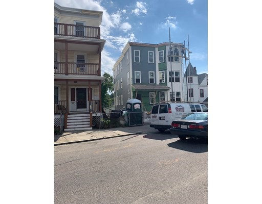 2 Beds, 2 Baths home in Boston for $1,550,000