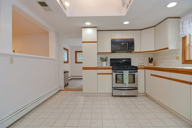 462 Bigelow Street Marlborough MA 01752