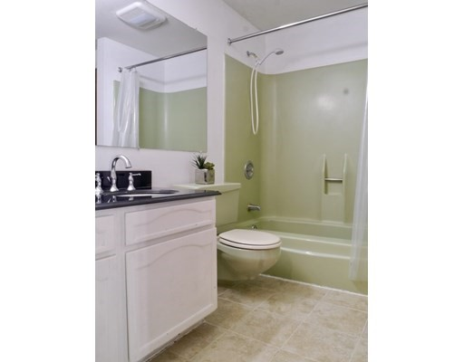 2 bed, 1 bath home in Amherst for $193,500