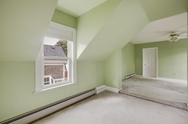 30 East GREENWOOD Amesbury MA 01913