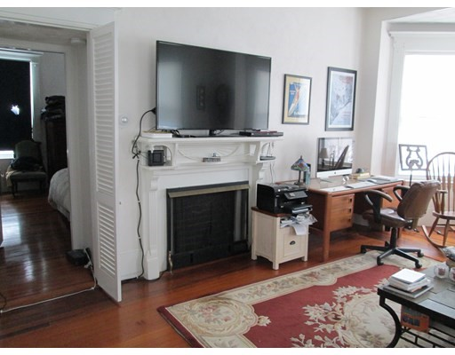 Pictures of  property for rent on Oakland St., Medford, MA 02155