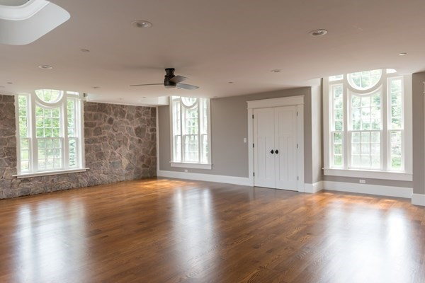 440 Great Pond Road North Andover MA 01845