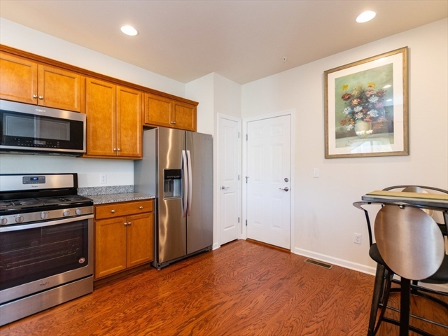 23 Chestnut Creek Weymouth MA 02190
