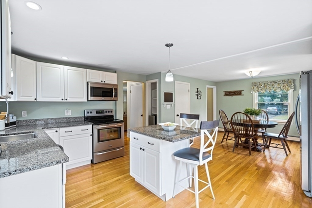 3 PILLING Road Wilmington MA 01887