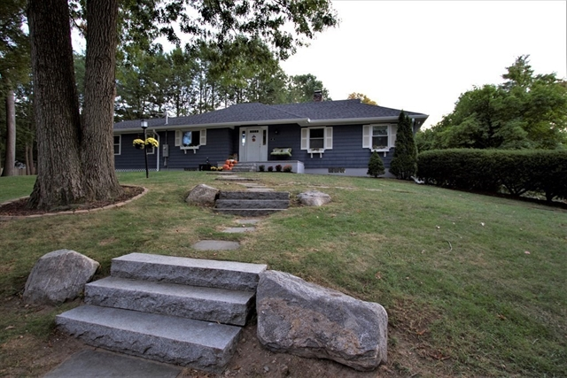 34 Homestead Road Lynnfield MA 01940
