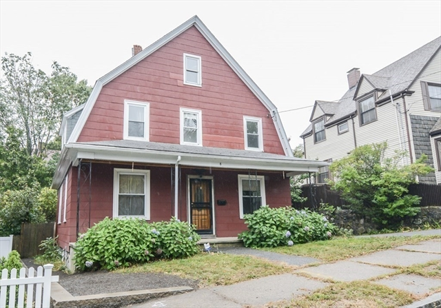 8 Woodlawn Street Lynn MA 01904
