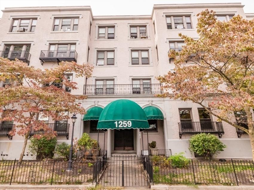 1259 Commonwealth Ave, Boston, MA Image 1
