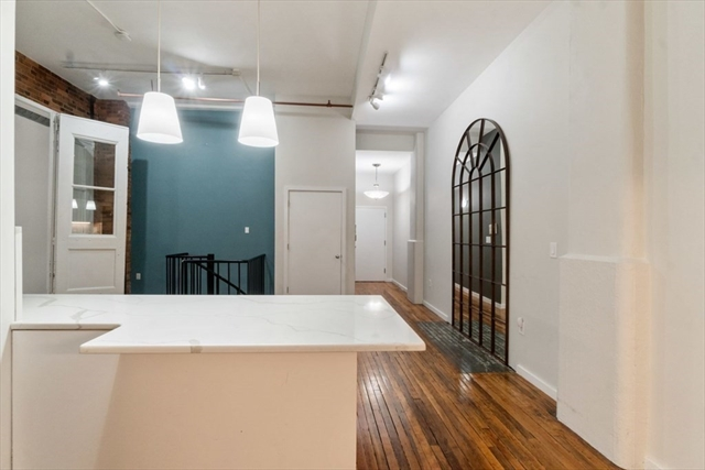 717 Atlantic Ave, Boston, MA, 02111, Leather District Home For Sale
