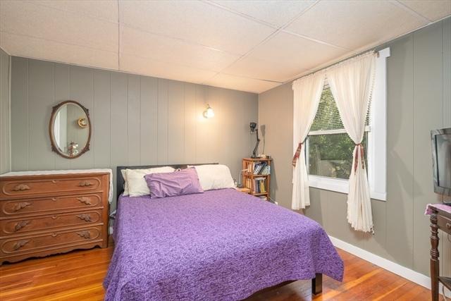 9-11 Terrace View Easthampton MA 01027