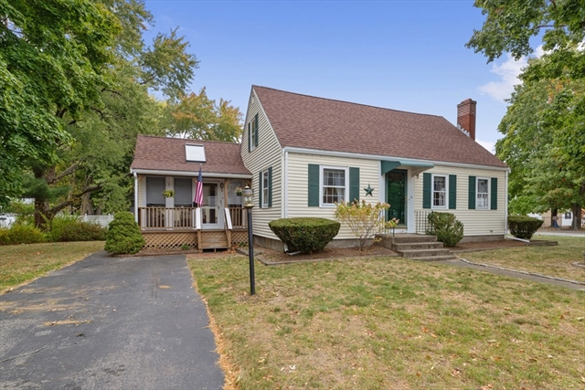 16 Pierce Road Rockland MA 02370