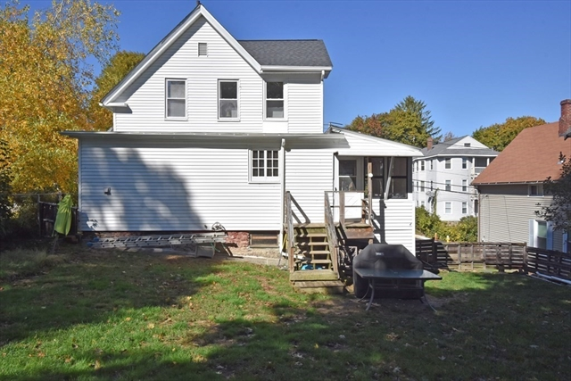 69 Whipple Street Worcester MA 01607