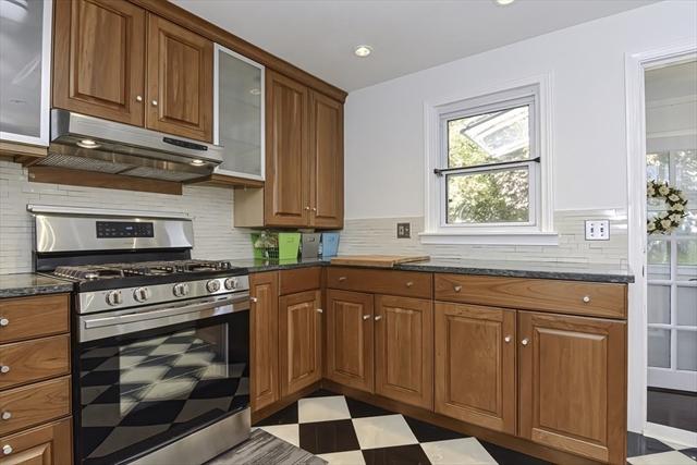 1 Washburn Avenue Kingston MA 02364