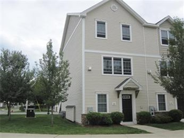 36 Regency Court Chicopee MA 01020