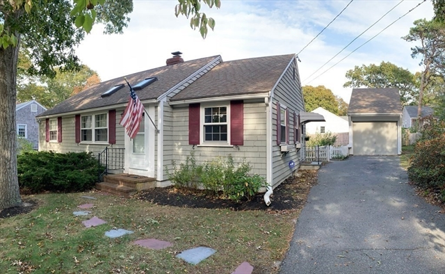 16 Indian Pond Road Dennis MA 02670